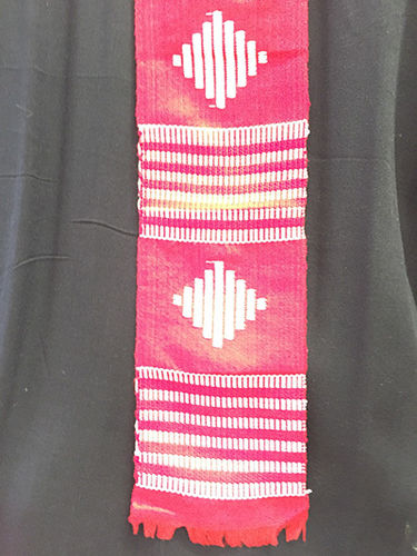 Kente strips (red and white)